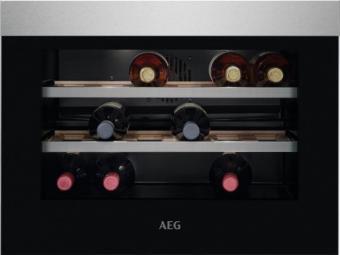 AEG KWK884520M Beépíthető borhűtő, 18 palack