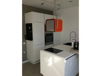 Lack-laminált konyhabútor - fehér